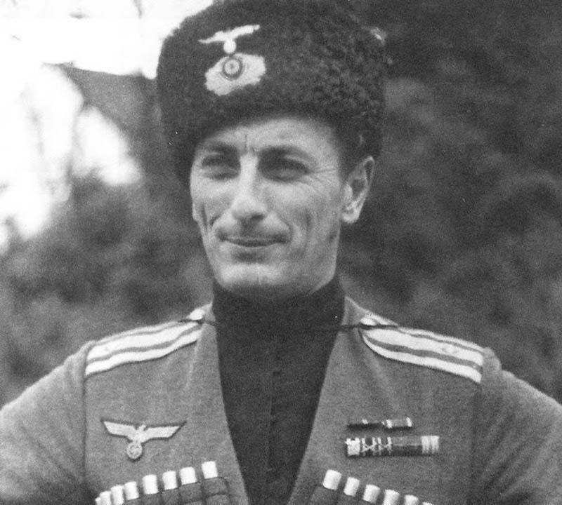 Немецкий-Подполковник-из-Руководителей-КД